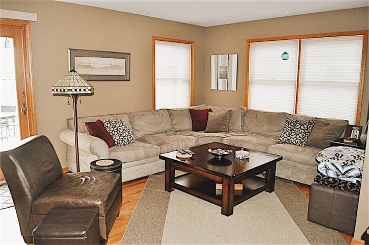 Andrea-Homeowner-Spotlight-Living-Room.jpg