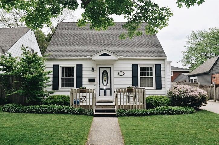 Andrea-Homeowner-Spotlight-Outside.jpg