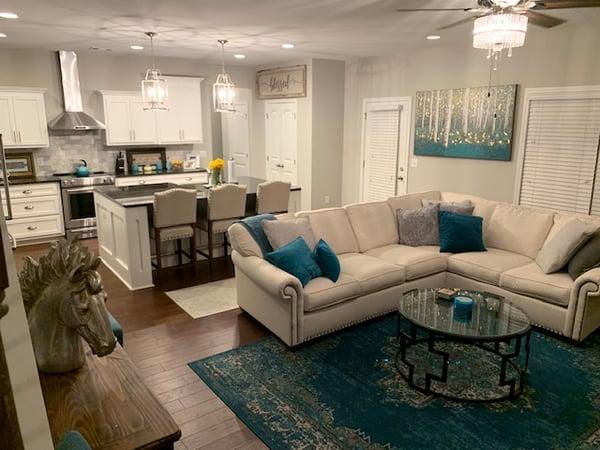 Daria Auburn Home