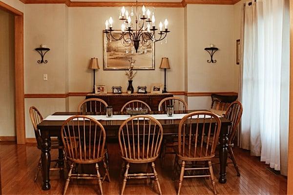 Julie-Homeowner-Spotlight-Dining-Room.jpg