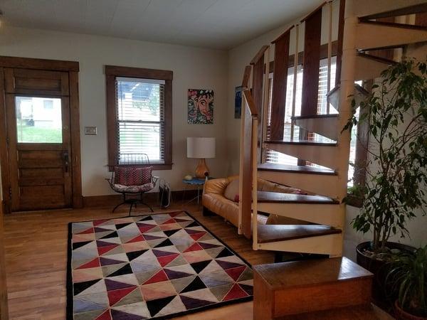 Michigan-Home-Rental-Modern