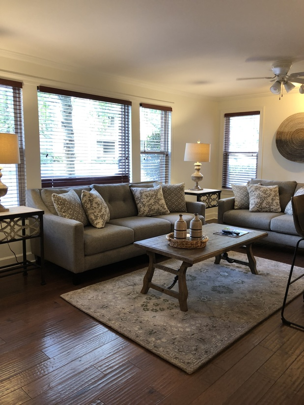 Oxford Home Rental Close Featured