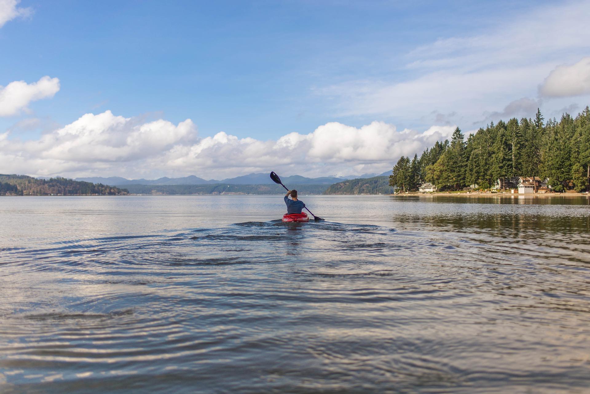 canoe-2179196_1920